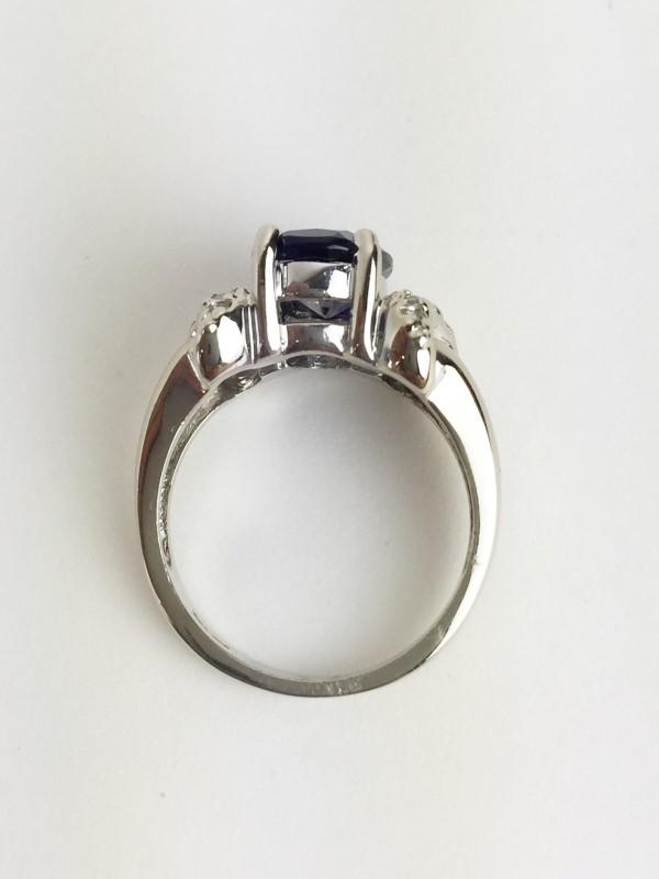 Lady's Tanzanite & Diamond Ring .28 Carat T.W. 14K WG Size 6