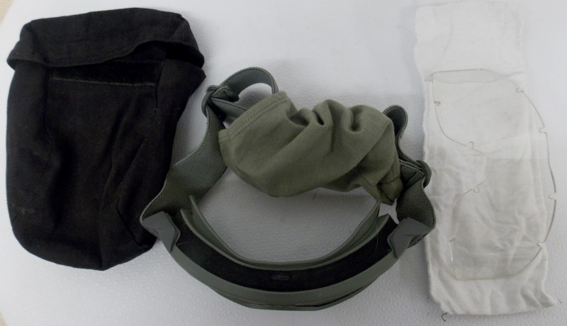 GREEN ESS TACTICAL GOGGLES WITH GREEN SLEEVE AND EXTRA LENSE