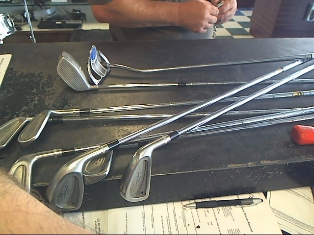 TITLEIST Golf Club Set 990 DCI