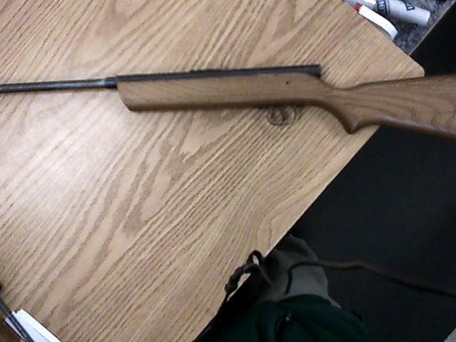 Crosman Air Gun/Pellet Gun/BB Gun V-350