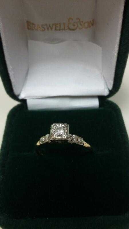Lady's Diamond Engagement Ring 5 Diamonds .09 Carat T.W. 14K Yellow Gold 1dwt