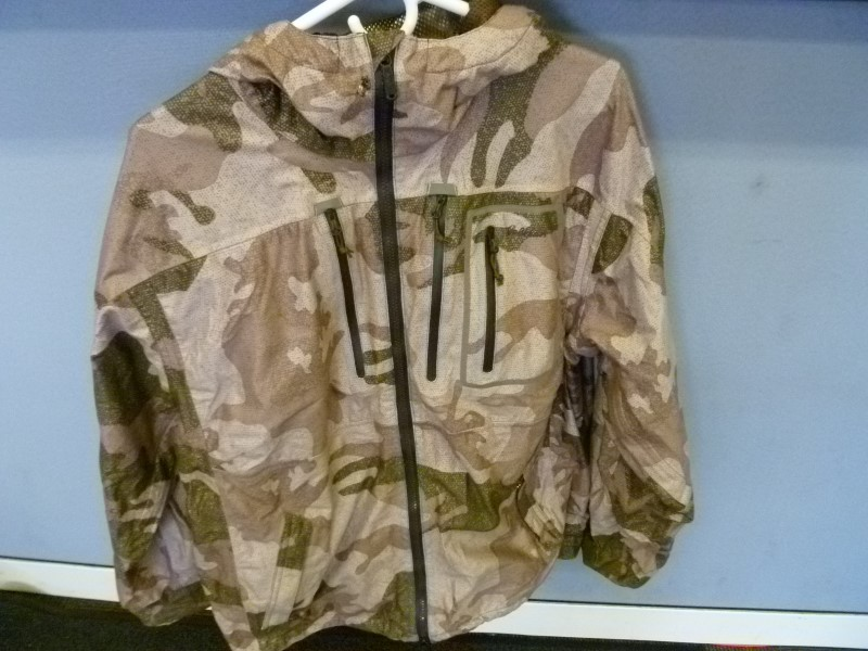 CABELAS COAT MT050, GORE-TEX, CAMO, LARGE