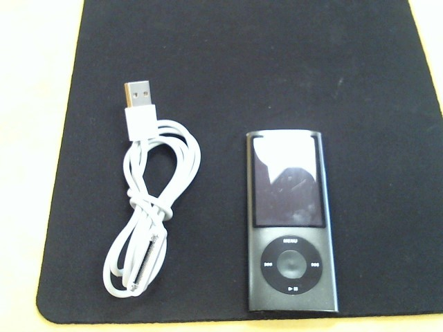 APPLE IPOD IPOD A1320 NANO 8GB