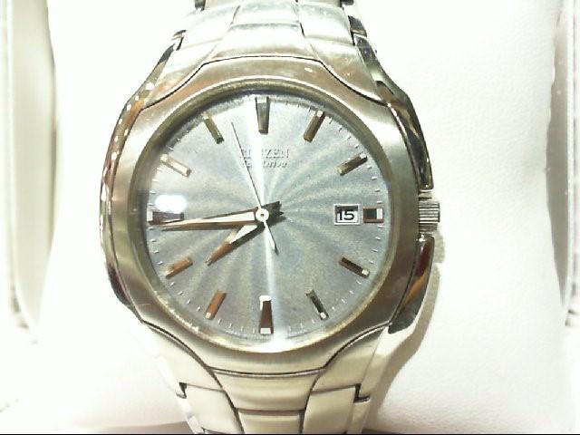 CITIZEN Gent's Wristwatch E111-S022240