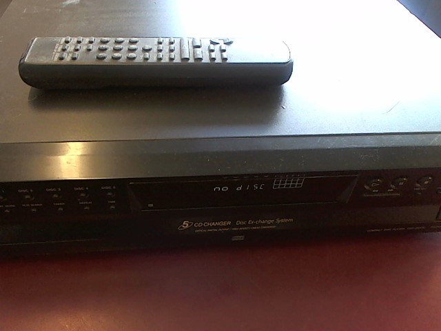 SONY 5-DISC CD PLAYER CDP-CE375 WITH REMOTE