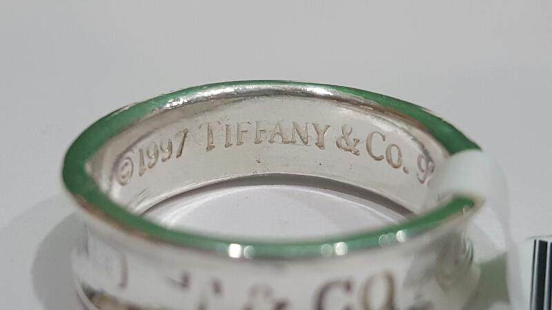 Tiffany & Co. Lady's Silver Ring 925 Silver 6.2g Size:8