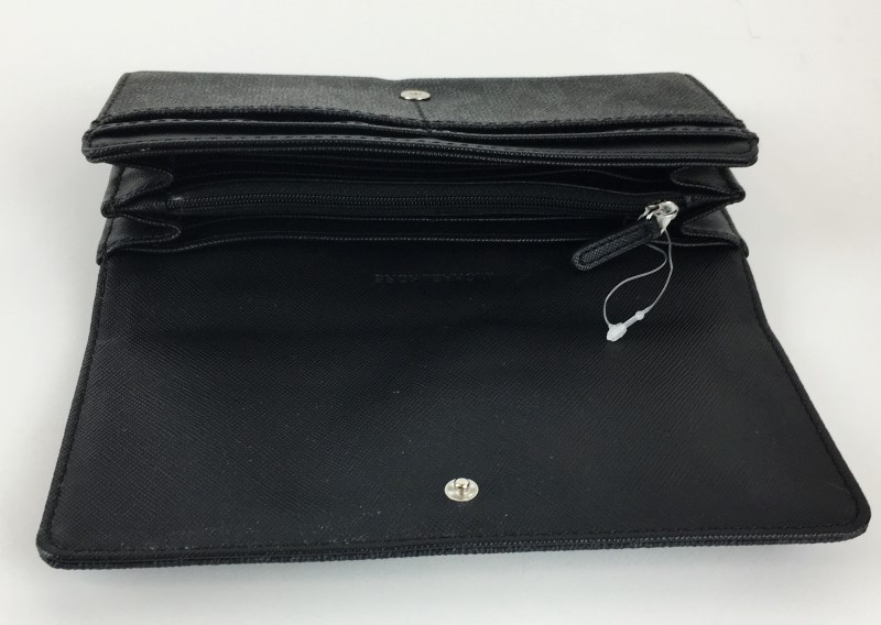MICHAEL KORS FULTON FLAP LEATHER CLUTCH WALLET
