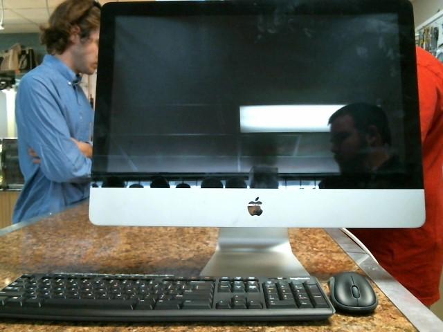 APPLE PC Desktop MB952LL/A