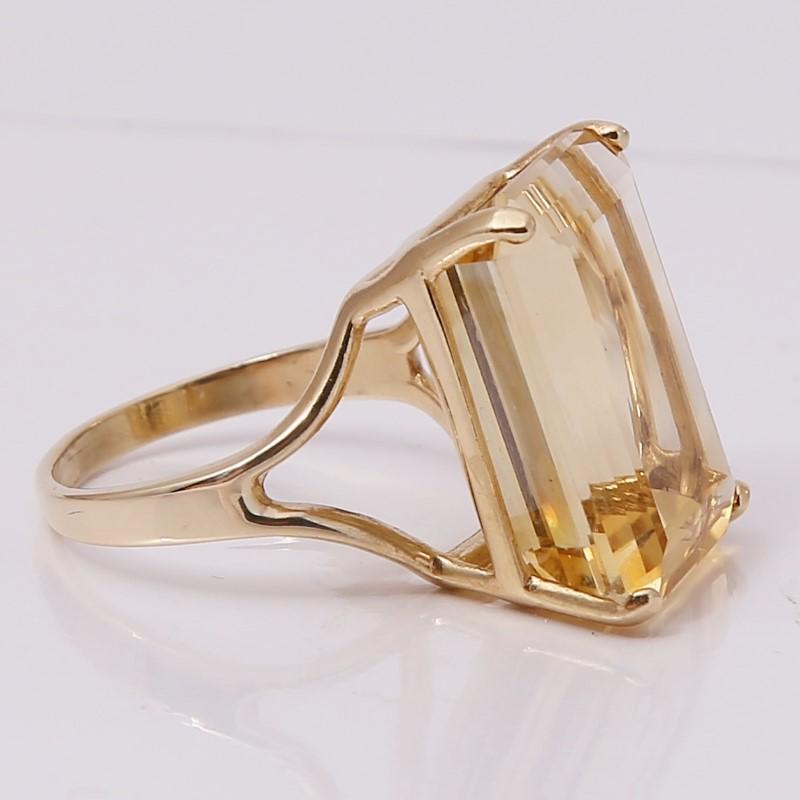 14K Yellow Gold Radiant Cut Yellow Stone Statement Ring Size 7.8