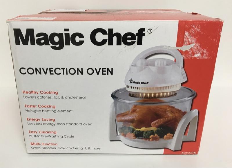 MICROWAVE/CONVECTION OVEN: MAGIC CHEF MODEL MCSGC07W