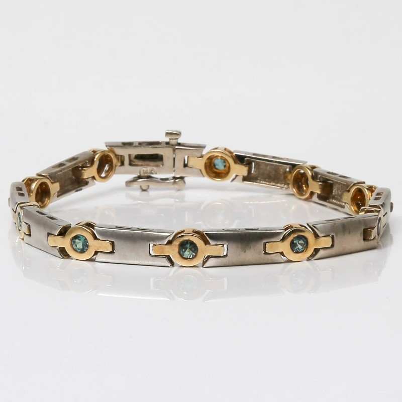 "7 1/8"" 14K White Gold Round Green Stone Bracelet"