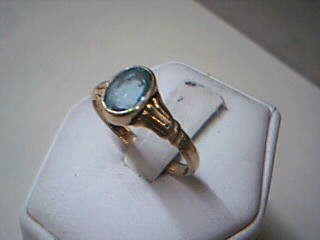 Synthetic Aquamarine Lady's Stone Ring 14K Yellow Gold 2g
