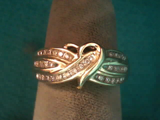 Lady's Diamond Fashion Ring 32 Diamonds .32 Carat T.W. 10K Yellow Gold 1.8dwt