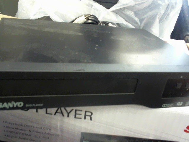 SANYO DVD Player FWDP105F