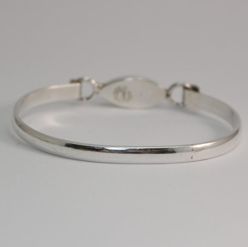 "Turquoise Silver Bracelet 925 Silver 16.8g 2.5"" Diameter"