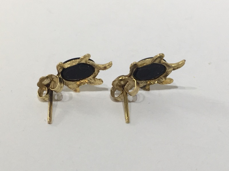 Onyx Gold-Stone Earrings 10K Yellow Gold 1.2g