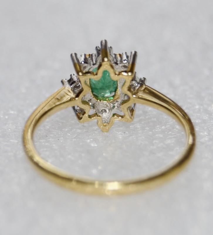 10K Yellow Gold Cathedral Set Dainty Oval Emerald & Diamond Sunburst Ring sz 6.5