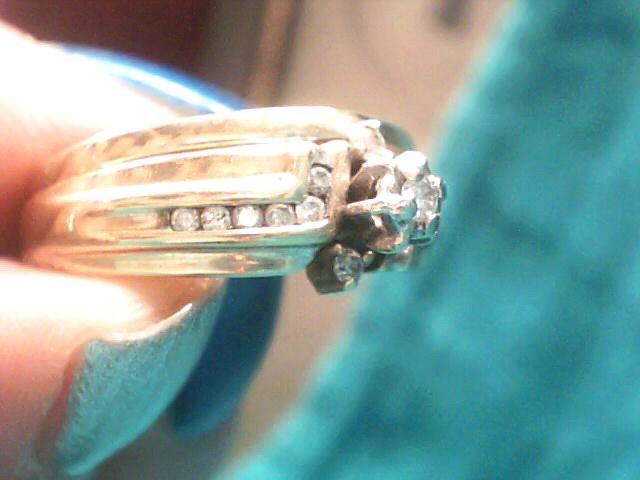 Lady's Diamond Wedding Set 15 Diamonds .110 Carat T.W. 10K Yellow Gold 3.4dwt