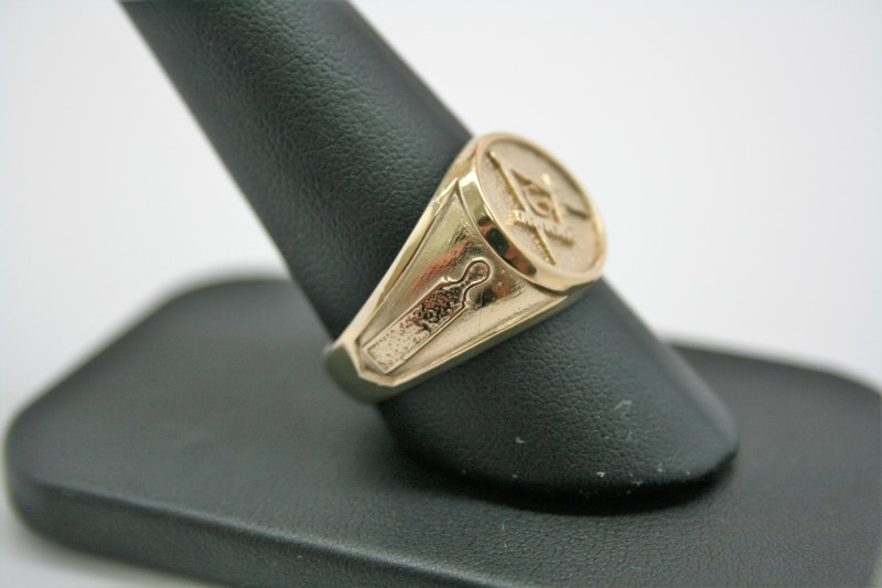 GENT'S MASON RING 10K YELLOW GOLD 10