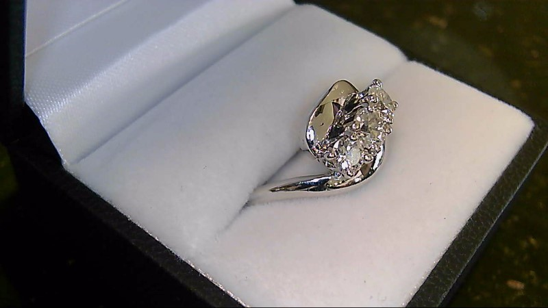 Lady's 14k white gold appx. .86cttw ppf round diamond ring