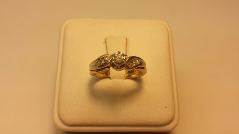 10k Wedding Set 7 Diamonds .20ctw 2.7dwt Size 6.5