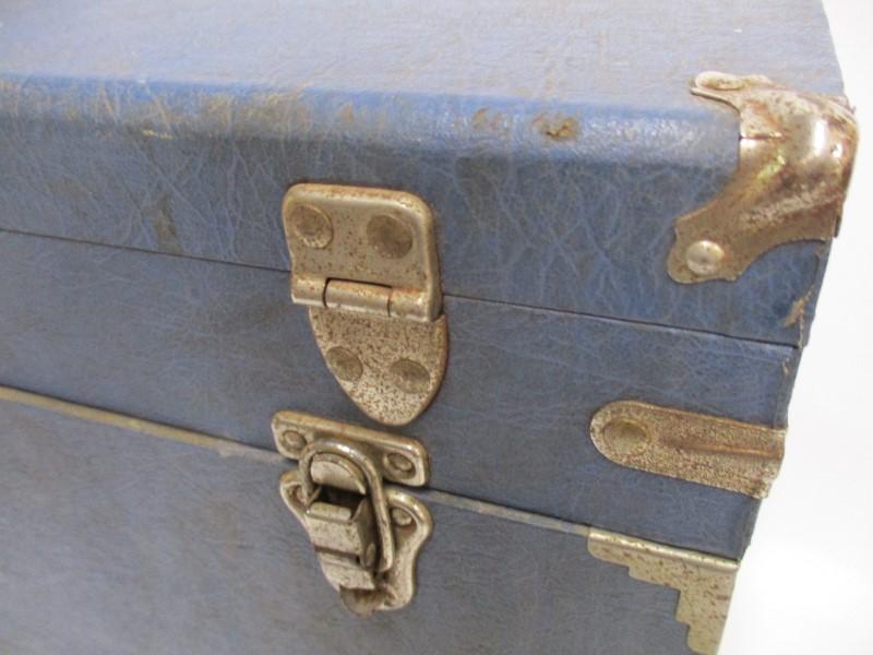 VINTAGE ELECTRICIANS TUBE CADDY W/250+ NOS TUBES RAYTHEON SYLVANIA RCA GE CBS