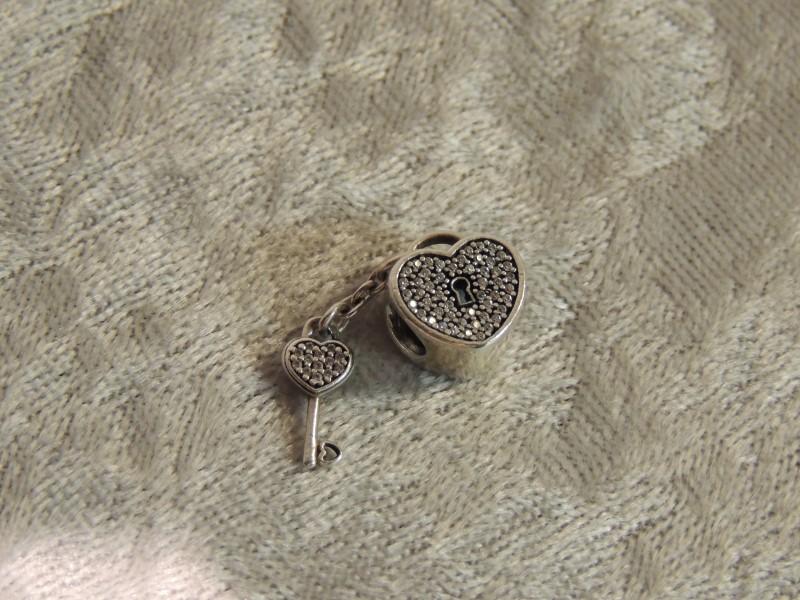 PANDORA CHARM STERLING SILVER LOCK OF LOVE CLEAR CZ 791429CZ