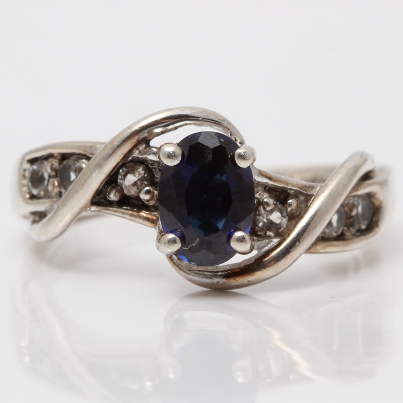 Twisted Silver Blue Stone Ring Size 5.75