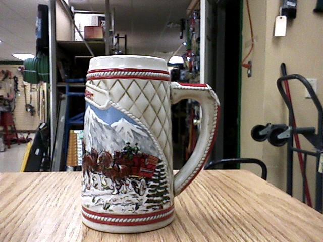 BUDWEISER Glass/Pottery STEINS