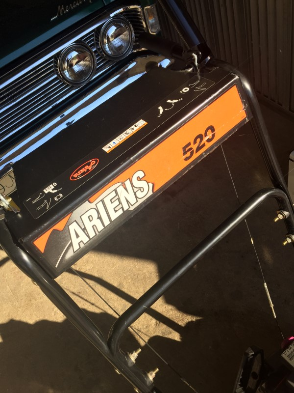 "Ariens 520 Two-Stage (20"") 5-HP Snow Blower Electric Start"