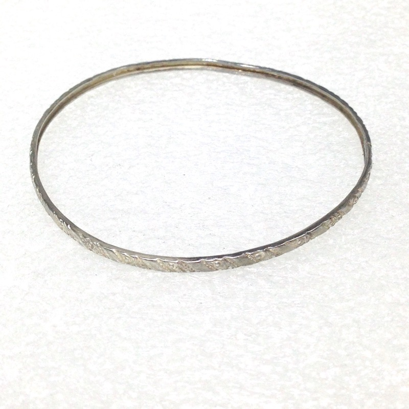 Sterling Silver Fliligree Etched Bangle Bracelet