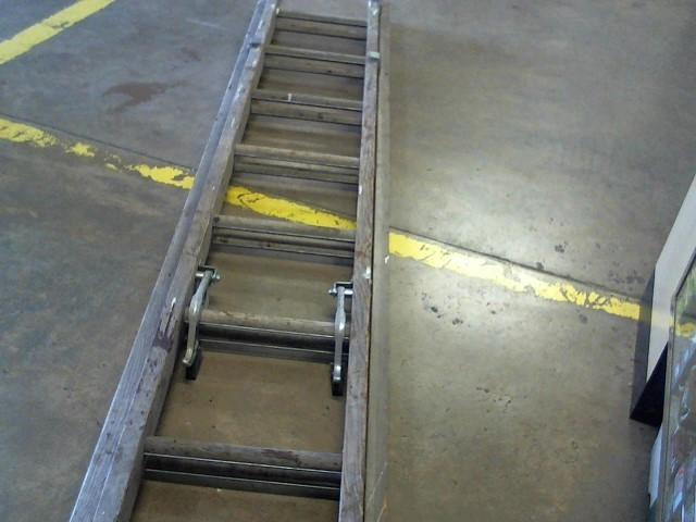 LOUISVILLE LADDER Ladder WE1816