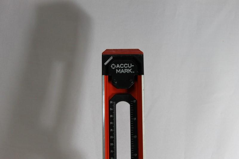 Black + Decker AccuMark Level with Gecko Grips