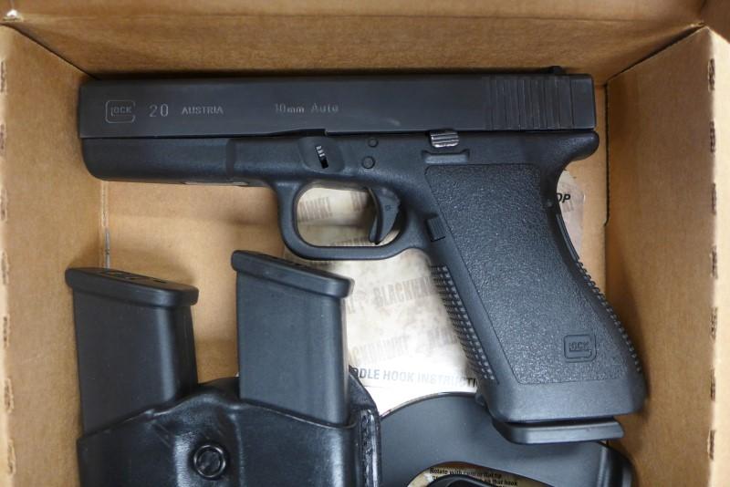 GLOCK Pistol 20