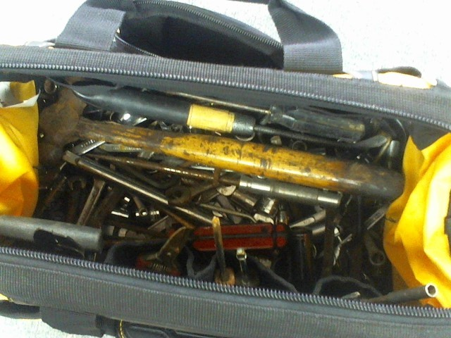 MISCELLANEOUS TOOLS IN BAG