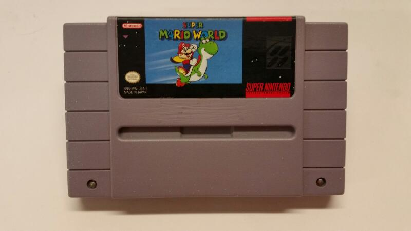 Nintendo SNES: Super Mario World
