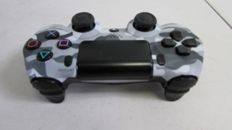 PS4 - CONTROLLER - CUH-ZCT1U - AS-IS FOR PARTS OR REPIAR
