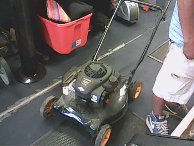 POULAN Lawn Mower 450E PUSH MOWER
