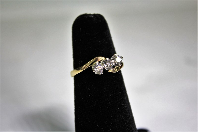 Lady's Diamond Fashion Ring 3 Diamonds .33 Carat T.W. 14K Yellow Gold 3.9g