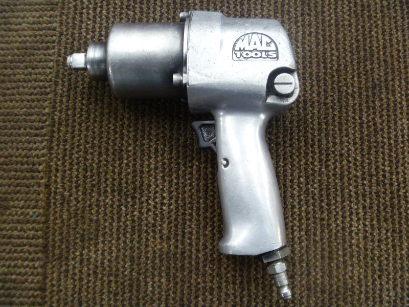 "MAC TOOLS AW4400 1/2"" DRIVE AIR IMPACT WRENCH"
