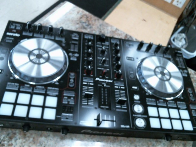 PIONEER ELECTRONICS DJ Equipment DDJ-SR