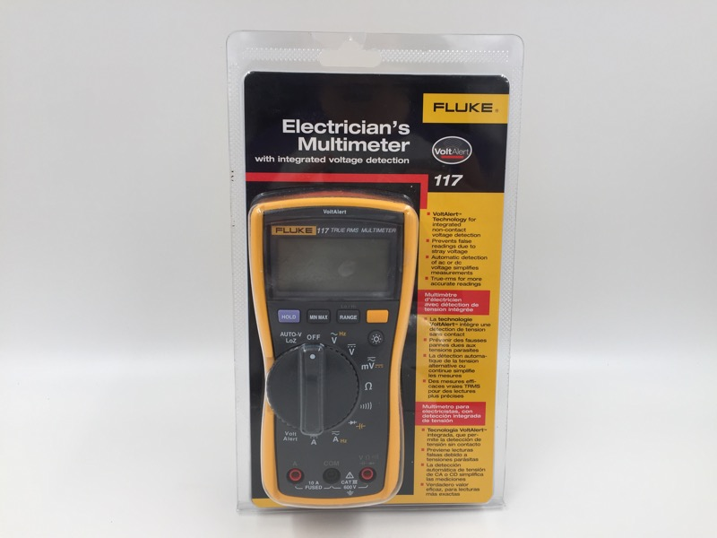 FLUKE 117 TRUE RMS ELECTRICIAN'S MULTIMETER NEW