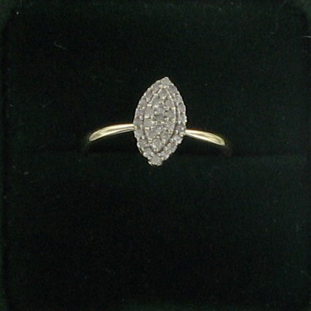 Lady's Diamond Cluster Ring 30 Diamonds .30 Carat T.W. 10K Yellow Gold 1dwt