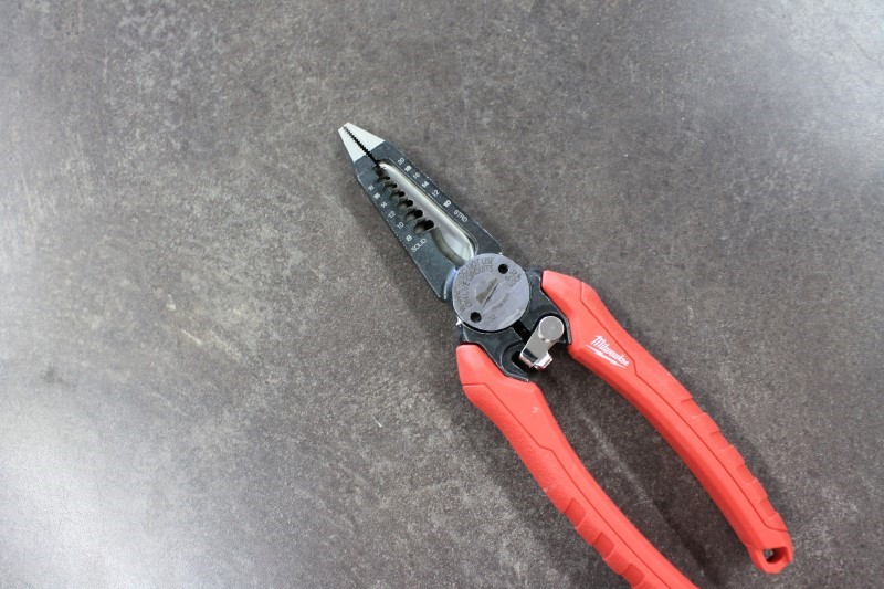 MILWAUKEE Pliers 48-22-3070 48-22-3070