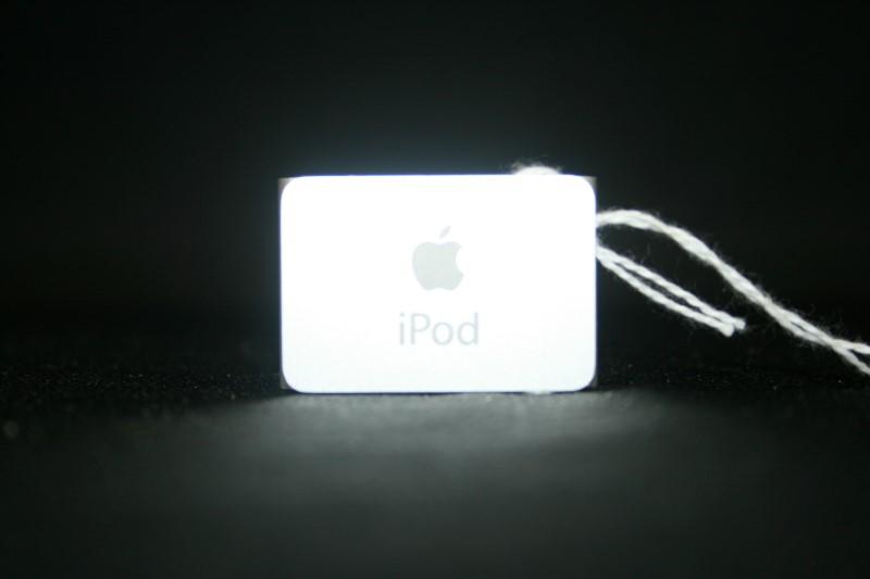 Apple Shuffle Ipod 2GB Grey A1204