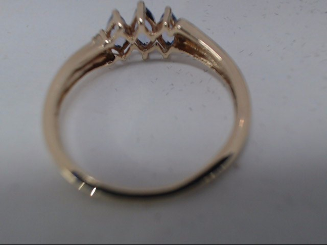 Lady's Gold Ring 10K Yellow Gold 1.5g