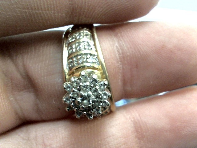 Lady's Diamond Cluster Ring 40 Diamonds .59 Carat T.W. 14K Yellow Gold 3.2dwt