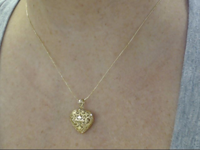 VINTAGE CROSS HEART FILIGREE PUFF PENDANT CHARM SOLID 14K GOLD JESUS