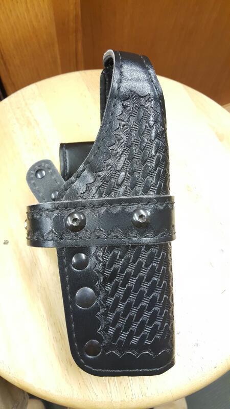 Gould & Goodrich K341 Triple Retention Belt Holster Right Hand Glock 17, 22, 31