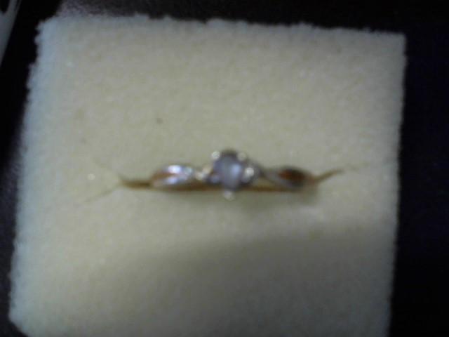 White Stone Lady's Stone Ring 10K Yellow Gold 1.3g